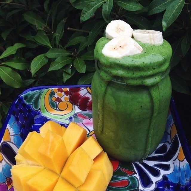 смузи из авокадо и киви