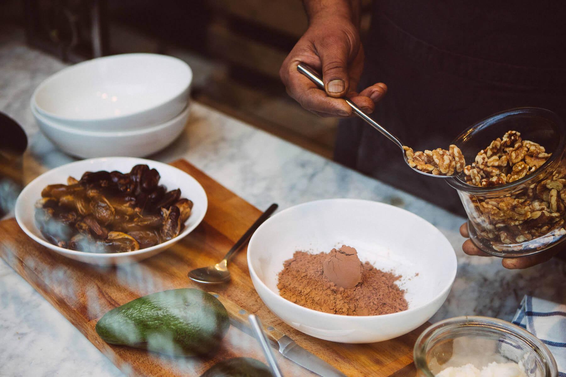 Фирменный рецепт пирога из фиников и орехов