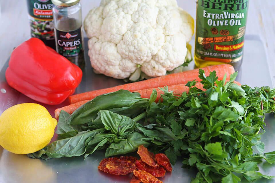 сыроедческий салат из цветной капусты рецепт